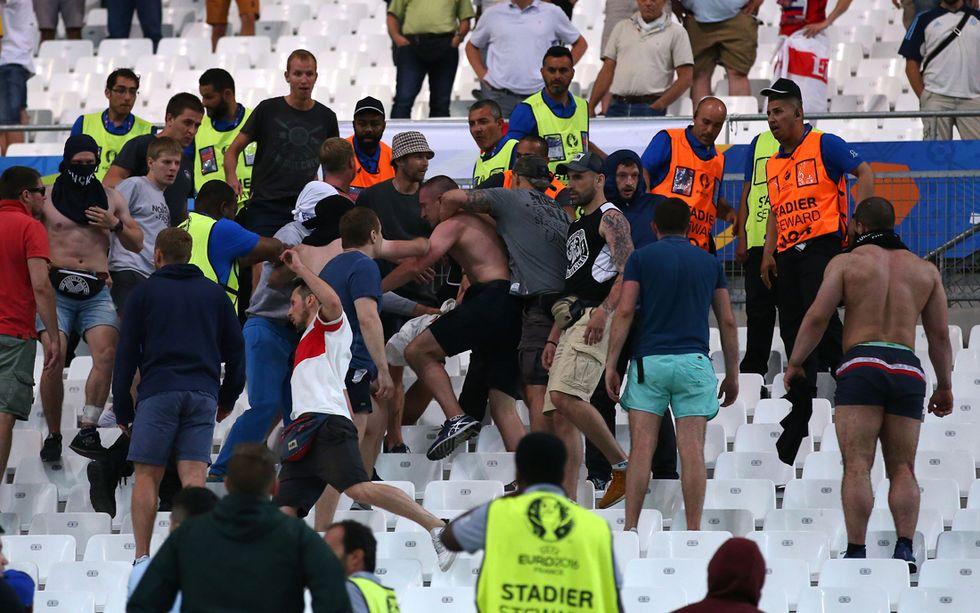 Violenze Euro 2016: 3 hooligans russi condannati in Francia, altri 20 espulsi