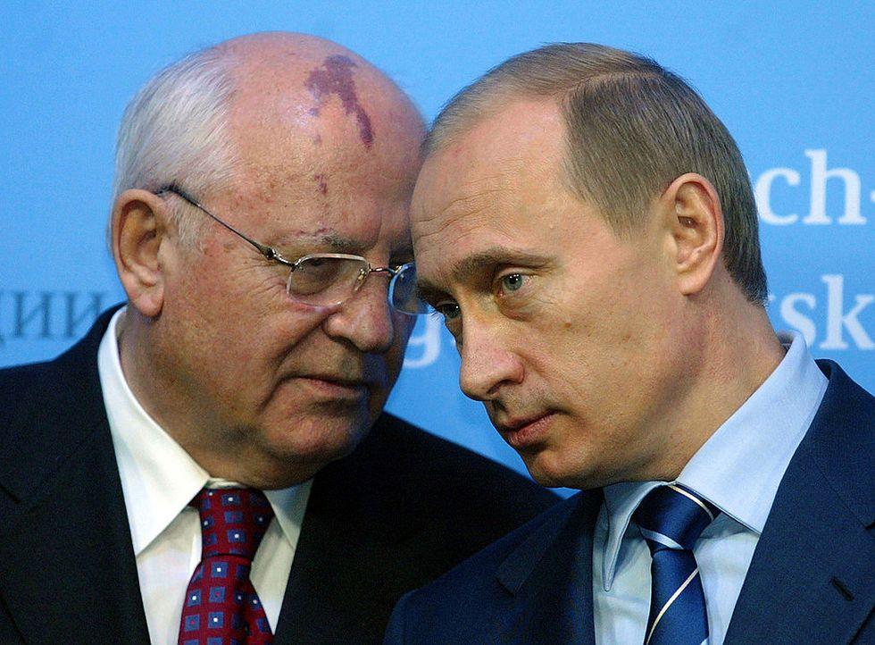 Putin, l'Urss e il tradimento di Eltsin: parla Gorbaciov