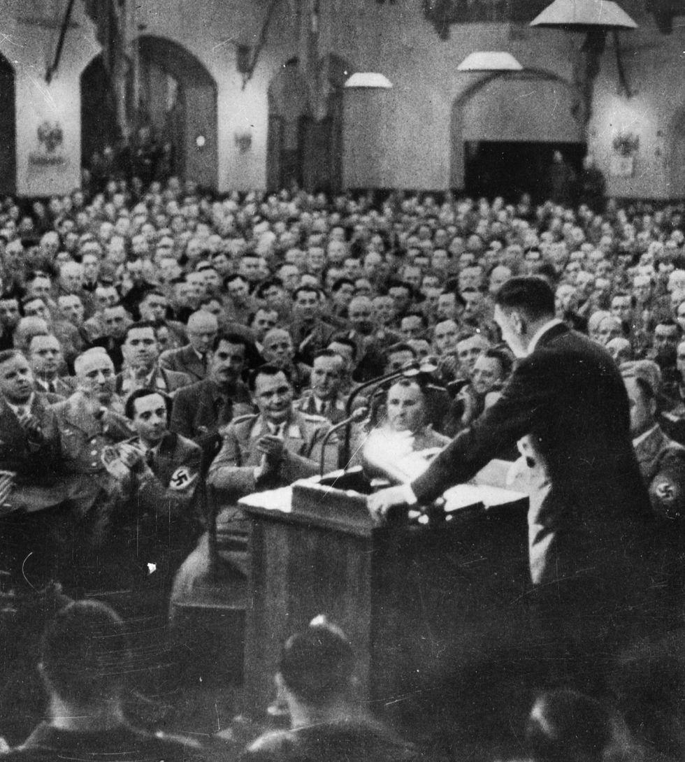 1919, cent'anni fa nasceva il Nazismo