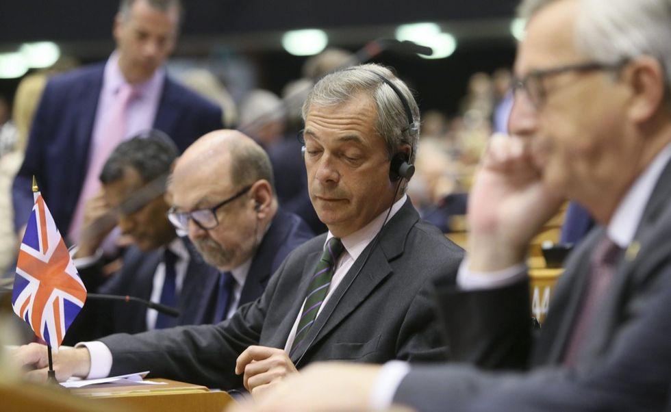 Brexit: il parlamento Ue chiede tempi rapidi