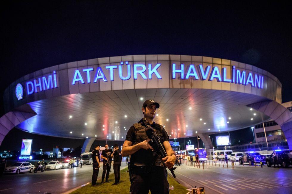 attentato-istanbul-aeroporto