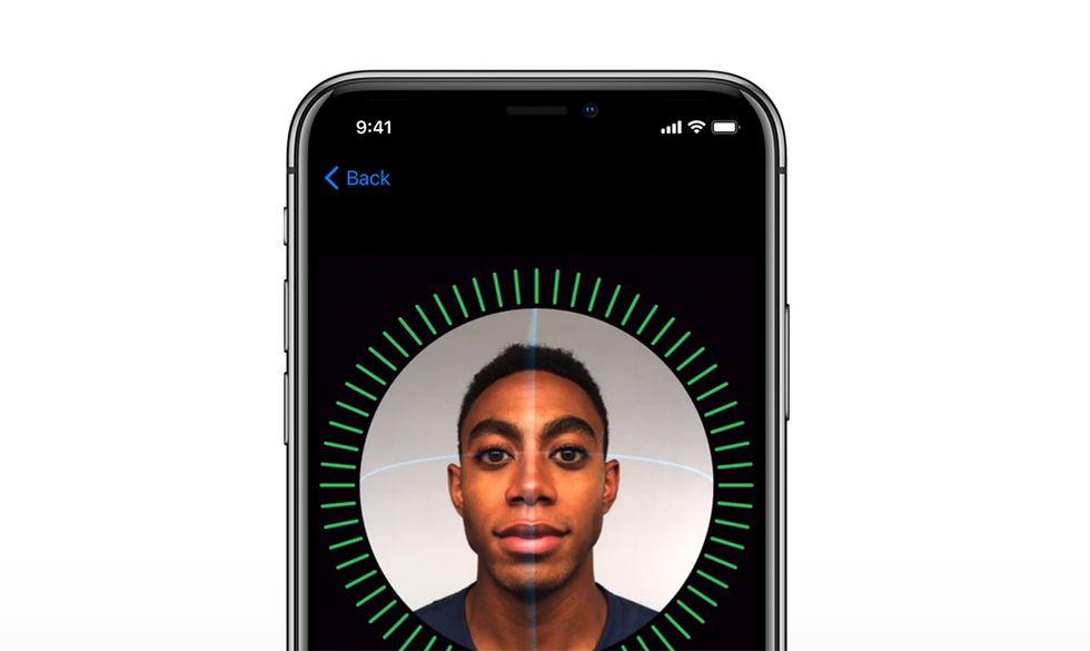 In che modo l'iPhone limiterà l'accesso ai dati alla polizia