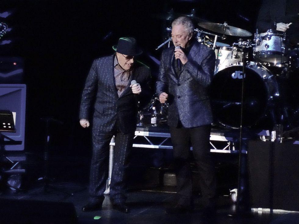 Tom Jones e Van Morrison: trionfo al Lucca Summer - La recensione