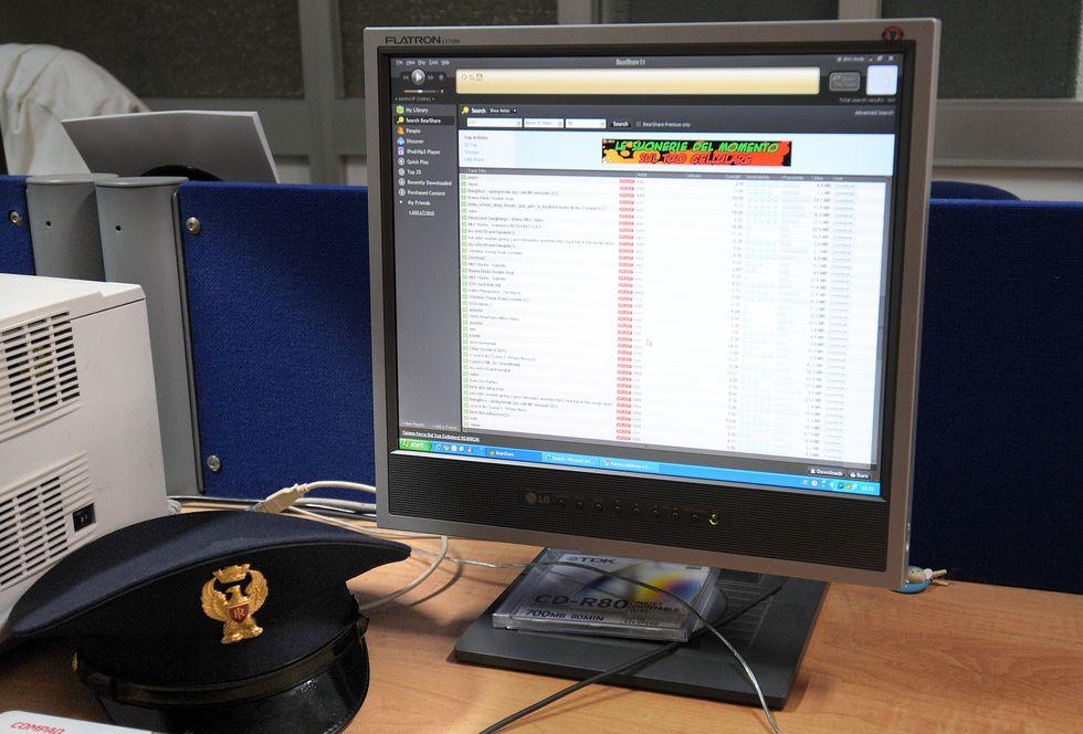 Pedofilia, maxi operazione della Polizia Postale nel Nord e Centro Italia