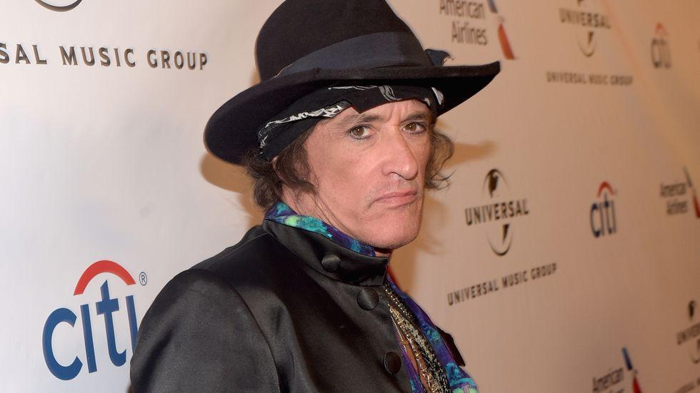 Joe Perry (Aerosmith) ricoverato per arresto cardiaco: ora è stabile