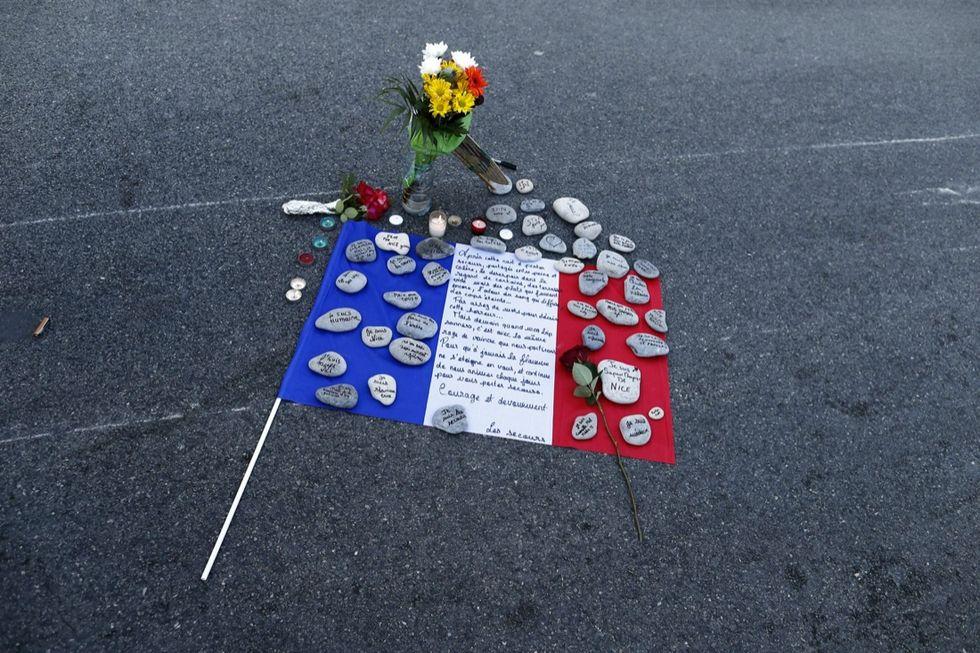 nizza-lutto-dopo-attentato
