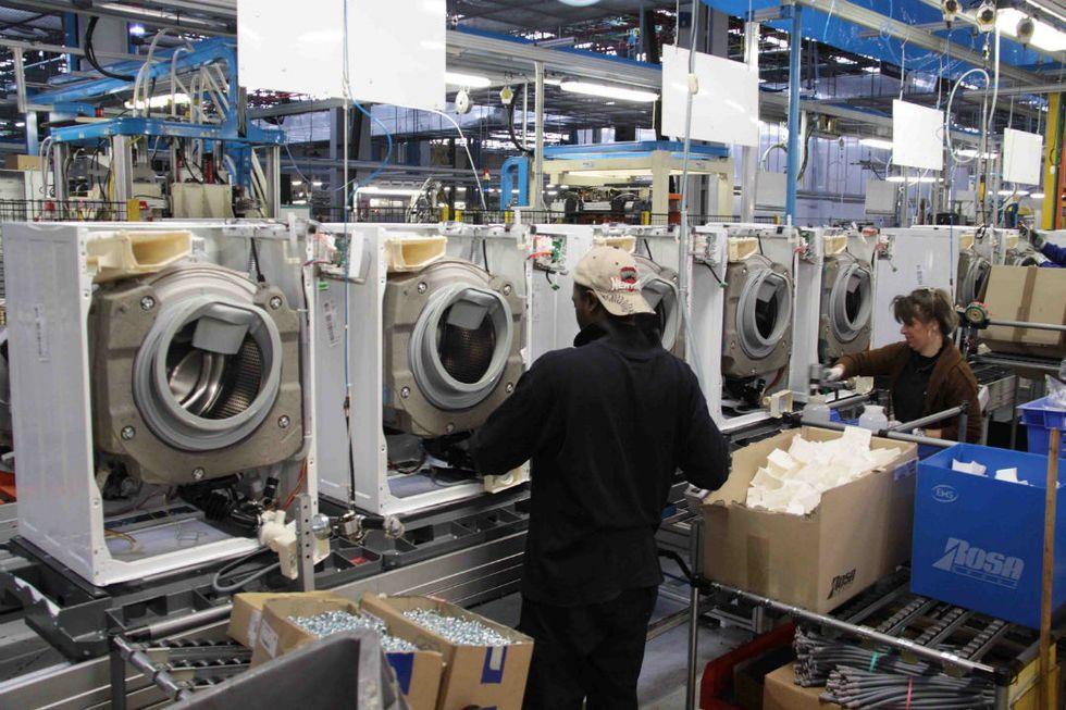 Pil, perché in Italia la crescita accelera
