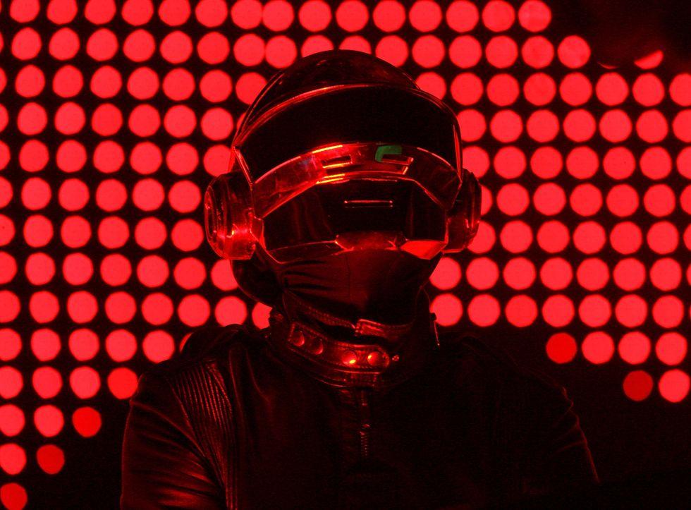 """Daft Punk a R101: """"Indossiamo la maschera per avere una vita normale"""""""