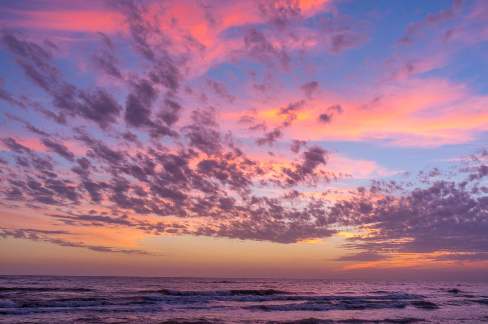 Le 10 spiagge colorate più belle al mondo
