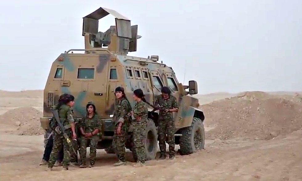 curdi-ypg-raqqa