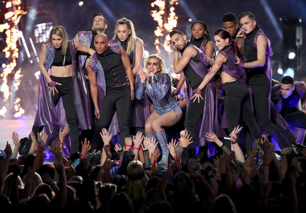Lady Gaga incanta il Super Bowl 2017 - Video