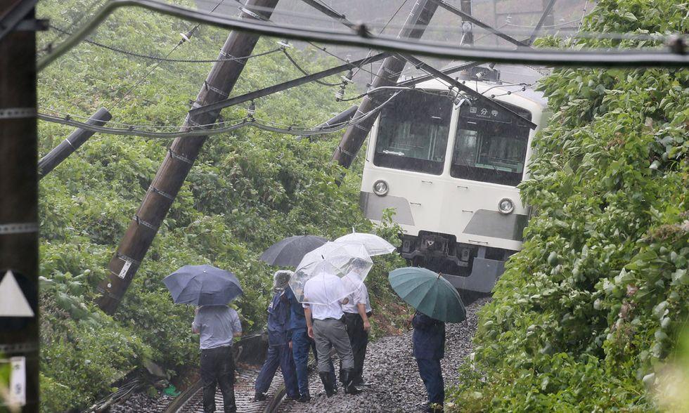 Il tifone Mindulle sul Giappone