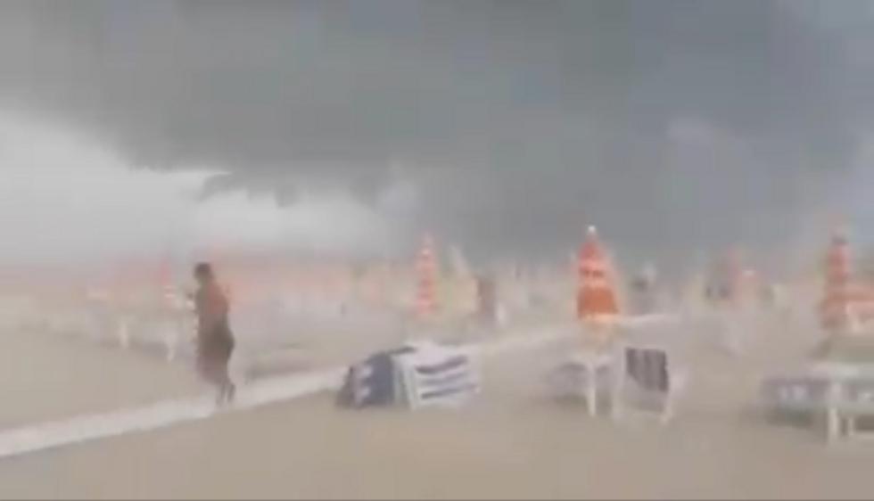 Tortoreto Lido tempesta temporale video