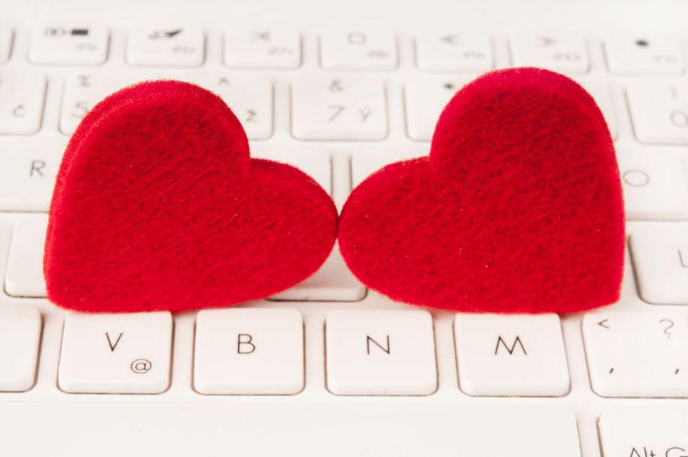 La guida per muoversi nella giungla del dating online