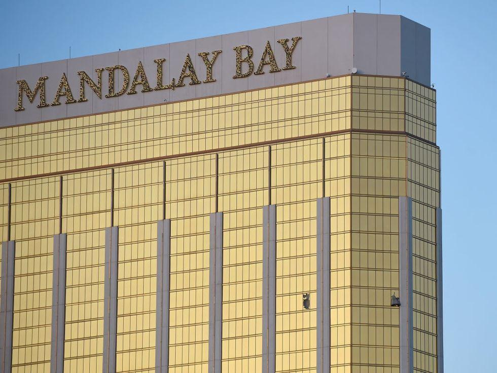 Las Vegas, la strage al concerto country: 59 morti e 527 feriti - FOTO