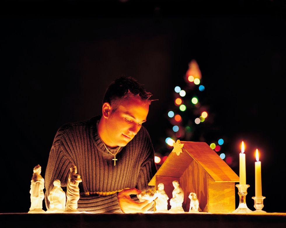 """Natale, chi dice """"no"""" a presepe, canzoni e recite"""