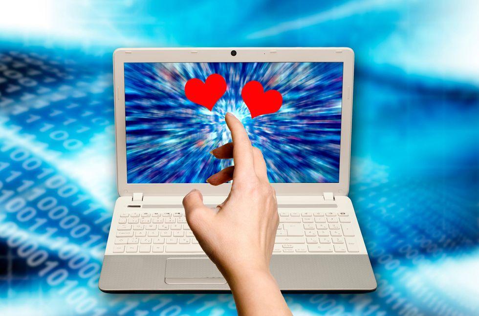 Amore, 7 criteri per scegliere il partner sul web
