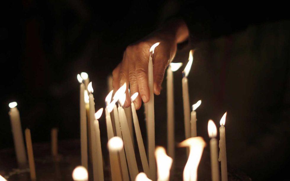 candele-esorcismo-Chiesa