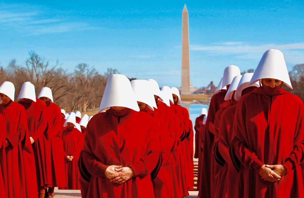 The-Handmaid's-Tale-3 serie tv