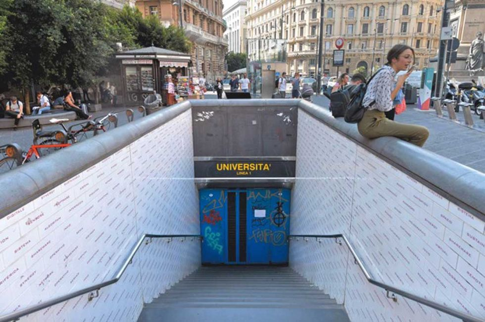 crollo-Metropoloitana-Napoli-foto