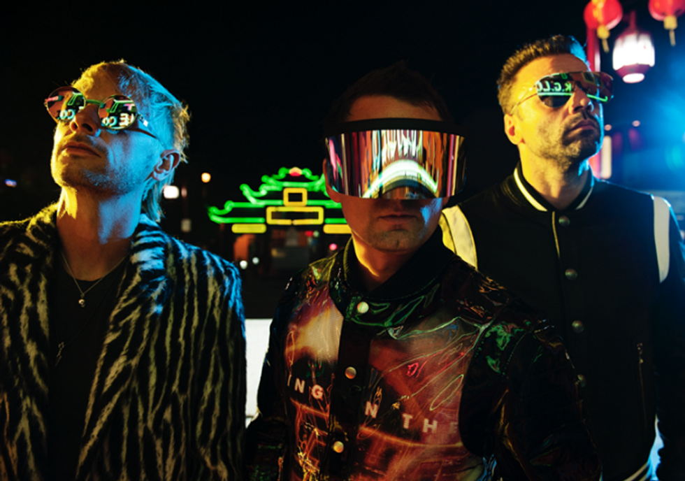 Lo show retrofuturistico dei Muse esalta Roma - Recensione