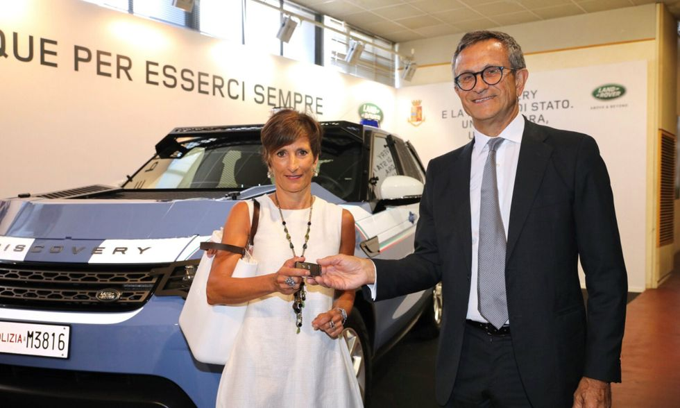 Land-Rover-PrefettoClaraVaccaro-DanieleMaver