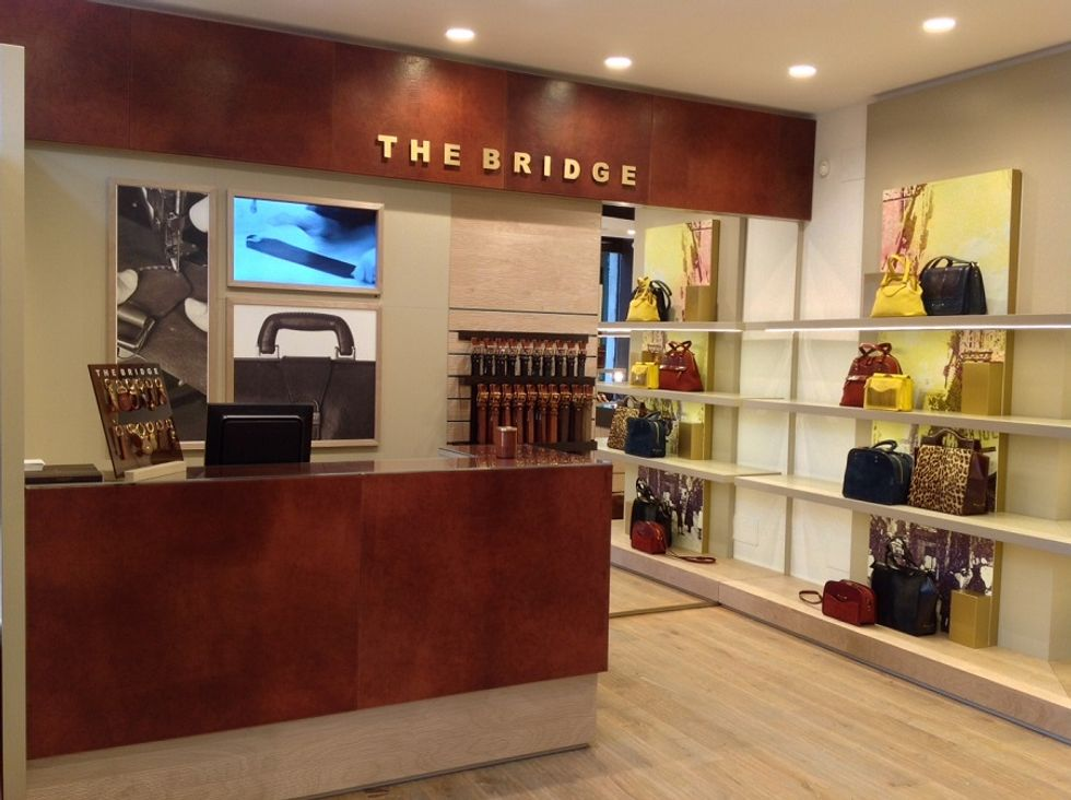 Italian leather goods, The Bridge's success story