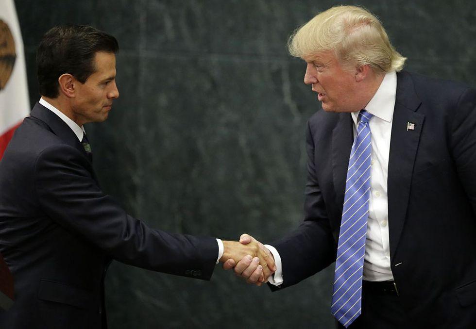 La trasferta di Donald Trump in Messico: luci e ombre