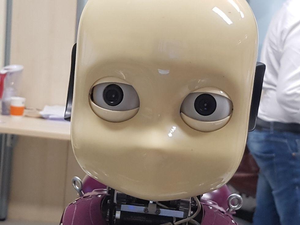 Ho guardato un robot negli occhi