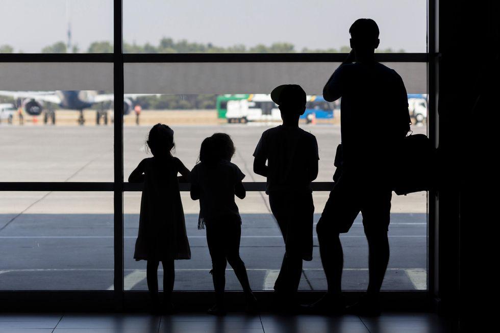 Voli child-free, in aereo senza bambini