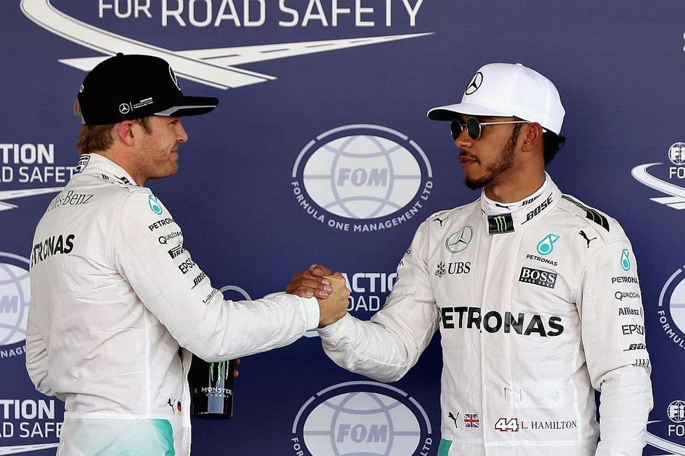 F1, Gp Brasile: vince Hamilton e Rosberg è 2°, titolo rimandato