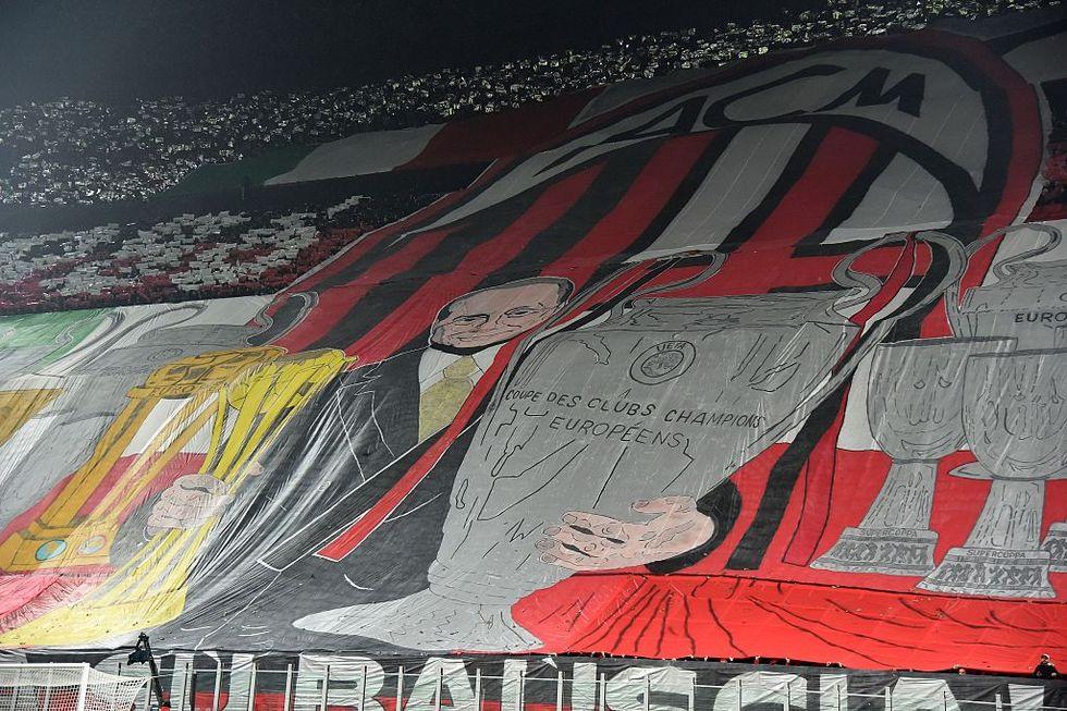 Berlusconi tra closing e nostalgia del Milan: quale futuro rossonero?