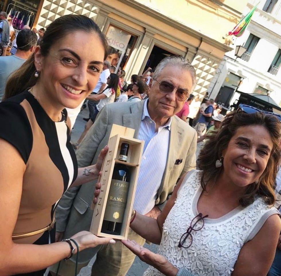 L'ambasciatrice della Colombia in Italia ospite al Palio di Siena