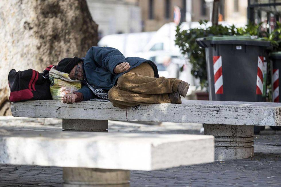 senzatetto-vagabondo