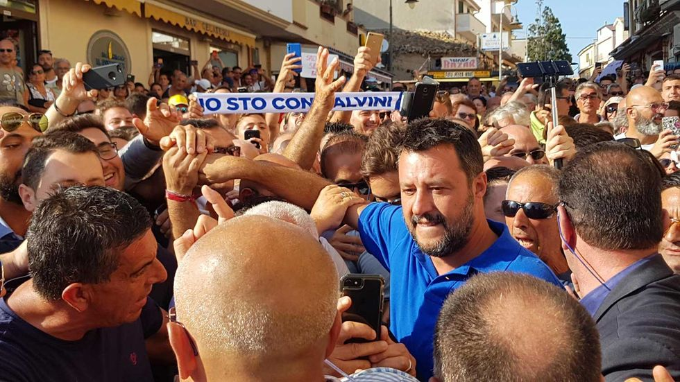 Salvini-folla