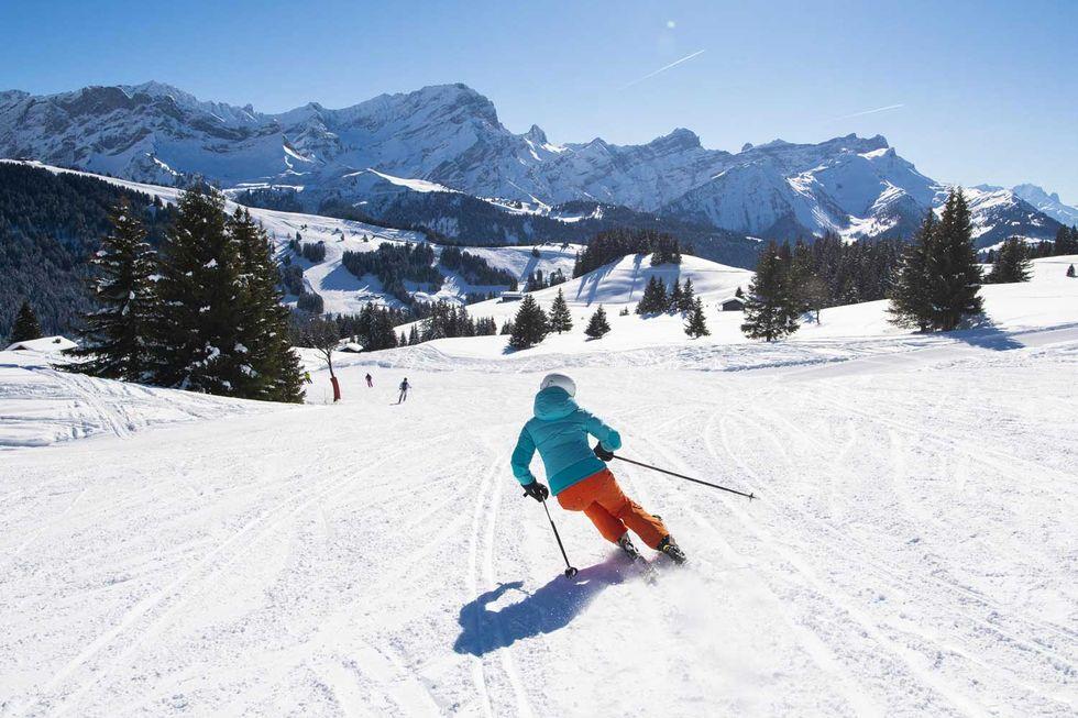 sci-sciare montagna