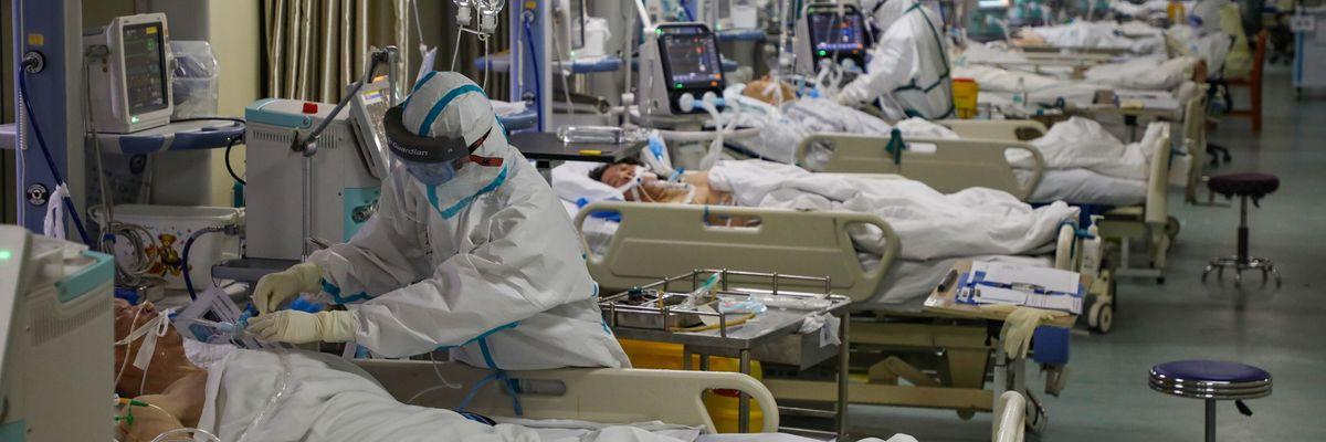 Ecco cosa succede se si prende il Coronavirus. Sintomi e conseguenze