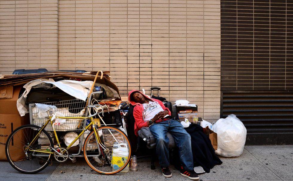 Poveri e ricchi: i guai della diseguaglianza economica