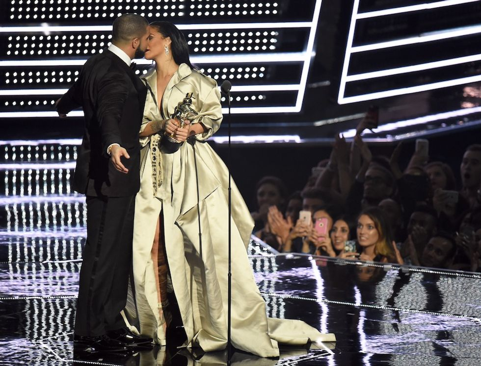 Drake e Rihanna insieme sul palco degli MTV Video Music Awards