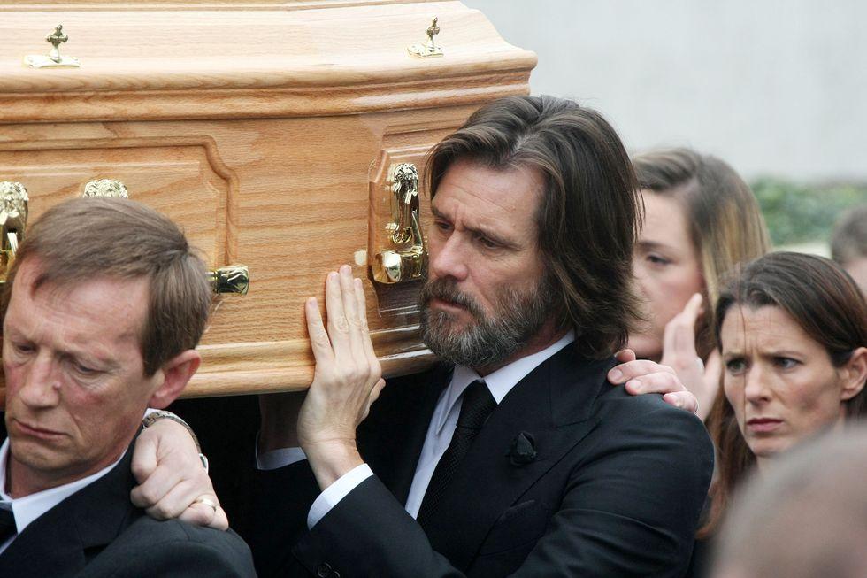 Jim Carrey al funerale di Cathriona White