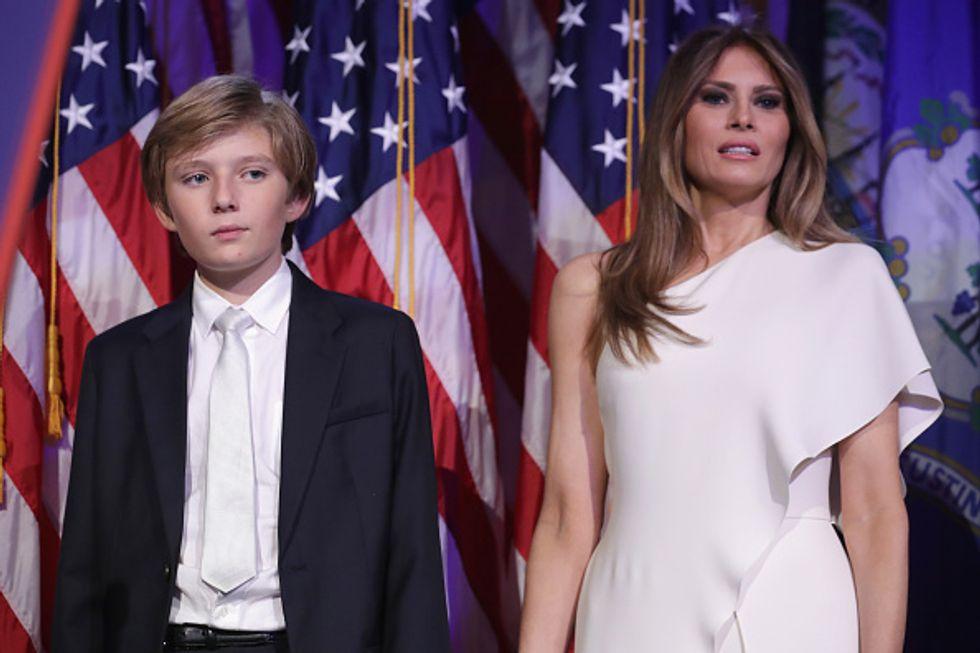 Donald a Washington, Melania a New York