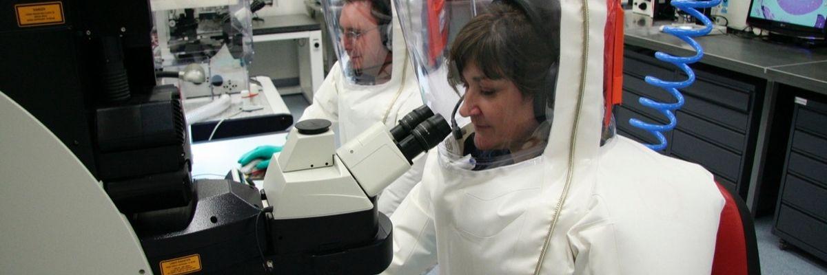 Coronavirus: gli Usa annunciano il vaccino ma ci vorranno mesi