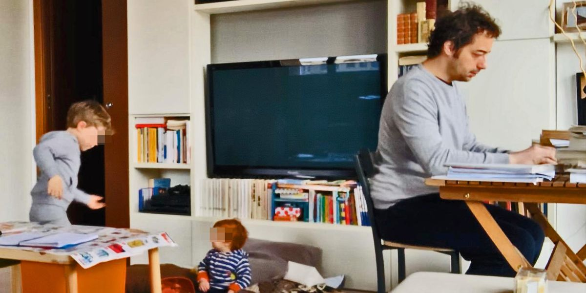 Smart Working and Little Kids: How to Survive
