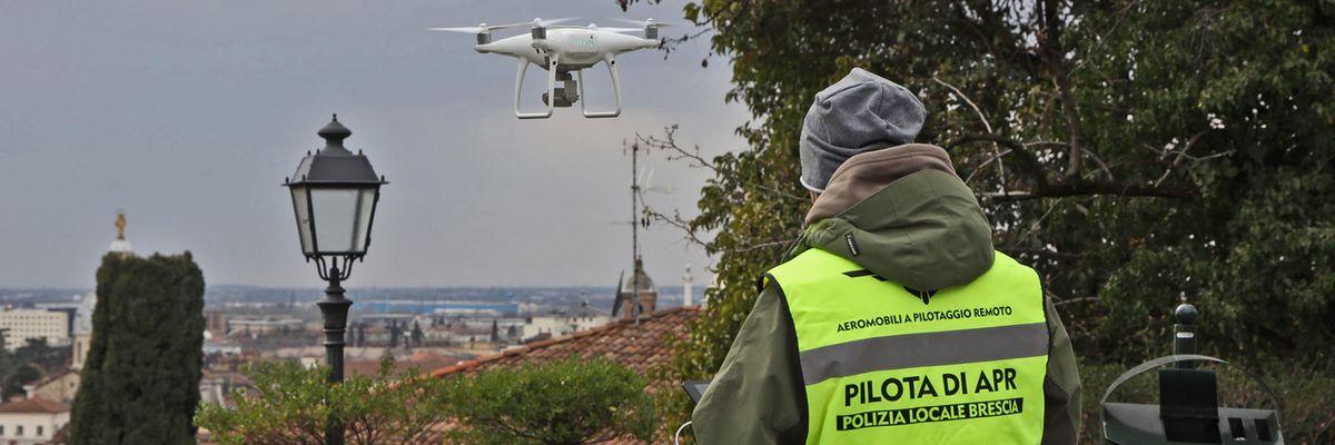 Piloti di droni si diventa online, con trenta euro