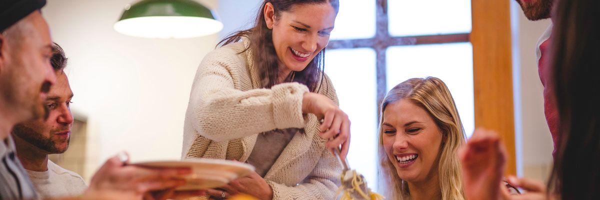 Endorfine ed alimentazione per aumentare il buonumore chiusi in casa