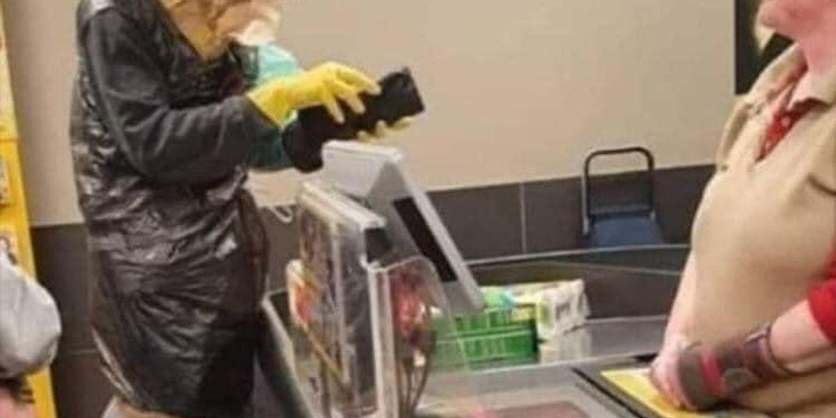 Follie al supermercato causa Coronavirus