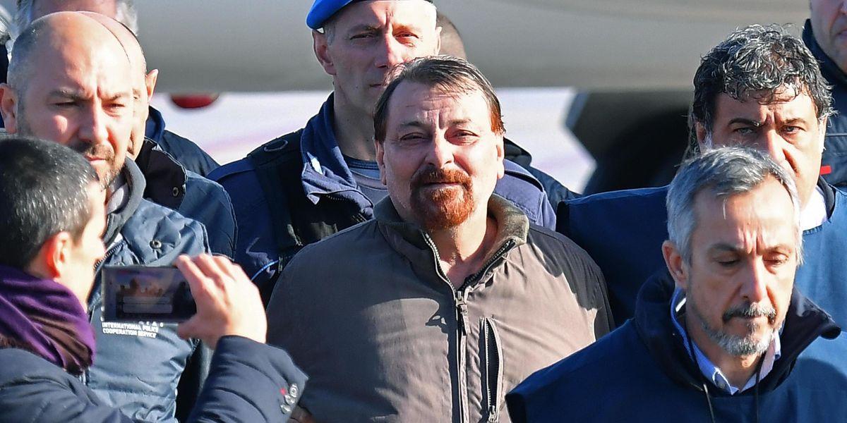 Anche Cesare Battisti vuole uscire dal carcere