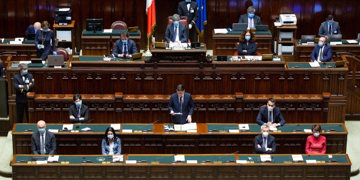 Il Decreto rilancio e la farsa del governo dei ritardi
