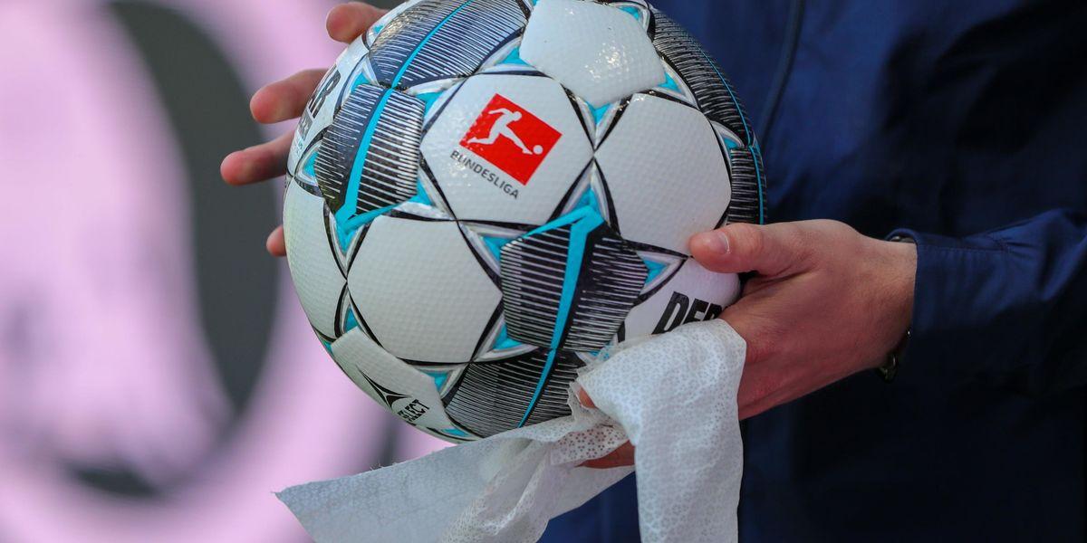 Bundesliga ritorno campionato coronavirus mascherine immagini stadi vuoti