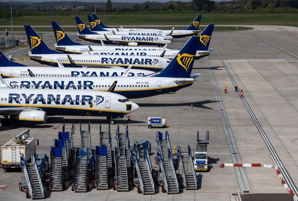 Trasporto aereo, hostess con febbre all'Aeroporto di Catania